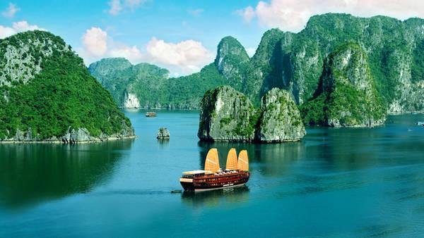 Vịnh Hạ Long - iVIVU.com