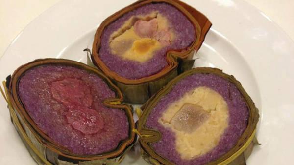 Món ngon Cần Thơ = bánh tét lá cẩm - iVIVU.com