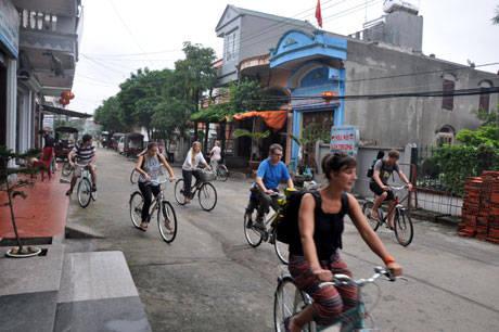 Du lịch Quảng Ninh - đạp xe quanh đảo Quan Lạn - iVIVU.com
