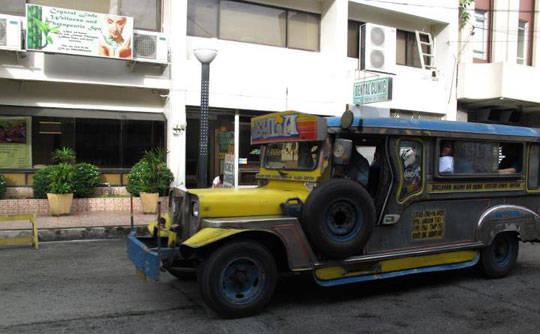 Du lịch Philippines - xe Jeepney - iVIVU.com