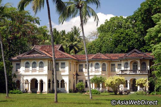 Du lịch đảo Phuket - khu phố cổ - iVIVU.com