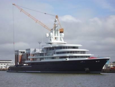 22 siêu du thuyền lớn nhất thế giới - 22-roman-abramovichs-luna-3 773-feet-long-2010-136600 4912803- ivivu.com