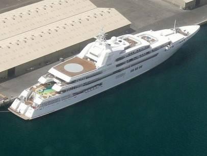 22 siêu du thuyền lớn nhất thế giới - 3-the-sheikh-of-dubais-dubai-5315-feet-long-2006-1366013926774 - ivivu.com