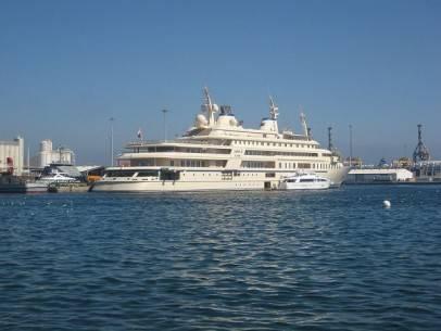 22 siêu du thuyền lớn nhất thế giới - 4-the-sultan-of-omans-al-said-50853-feet-long-2008-1366013850355 - ivivu.com