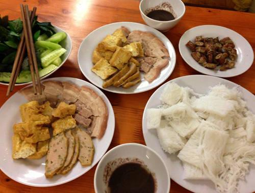 Ẩm thực Sài Gòn - bún đậu A Vừng - iVIVU.com