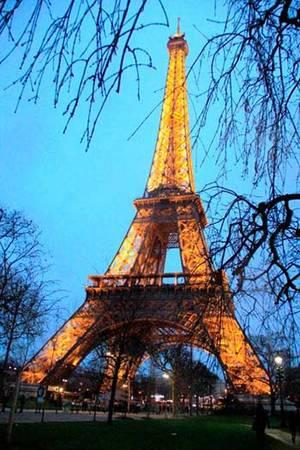 Du lịch bụi Paris - Tháp Eiffel - iVIVU.com