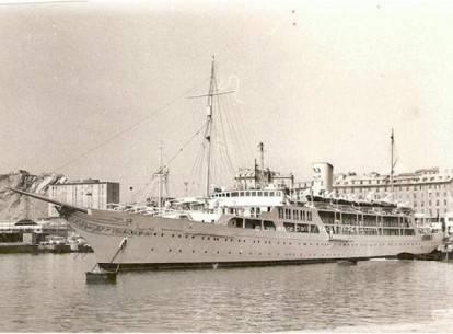 22 siêu du thuyền lớn nhất thế giới - 7-the-egyptian-navys-el-horriya-47808-feet-long-1865-1366013345014 - ivivu.com