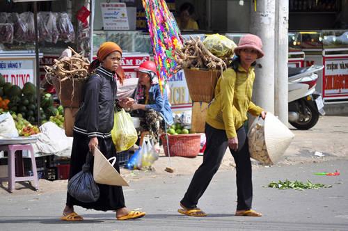 Du lịch Buôn Ma Thuột - chợ trung tâm