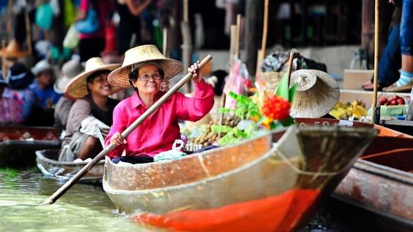 Chợ nổi Damnoen Saduak ở Bangkok, Thái Lan