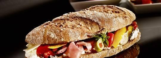 Chiếc bánh Kornspitz ngon lành ở Vienna giá 1USD-Cùng iVIVU.com