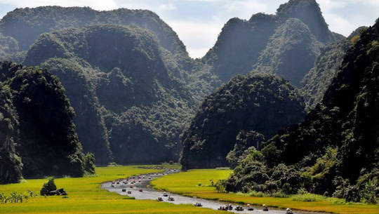 Du lịch Ninh Bình - Tam Cốc Bích Động - iVIVU.com