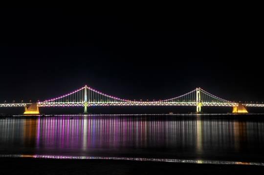 Korea-Busan-Gwangan_Bridge-02