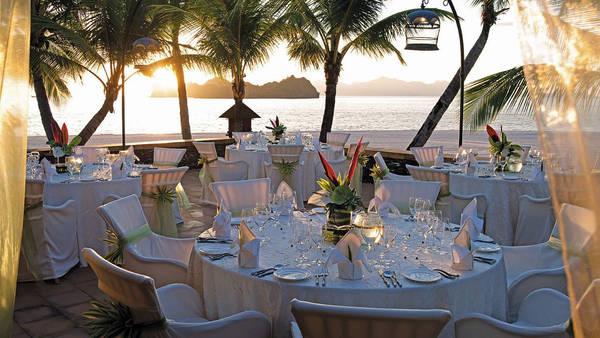 Đám cưới du lịch - iVIVU.com