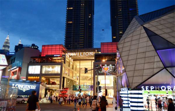 Một góc khu mua sắm trong khu Bukit Bintang.