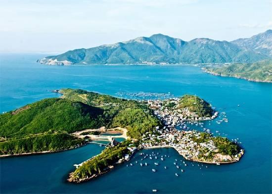 Phố biển Nha Trang nhìn từ trên cao