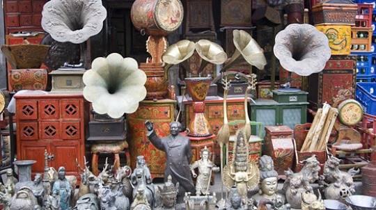 Những món đồ cổ ở đường Dongtai, Thượng Hải