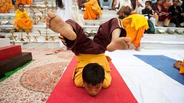 Chiêm ngưỡng 'thủ đô Yoga' ở Ấn Độ