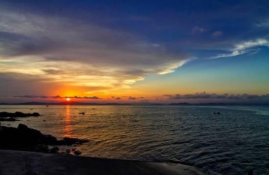 Bình minh trên đảo Cô Tô