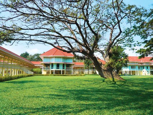 Cung điện mùa hè Klai Kangwon