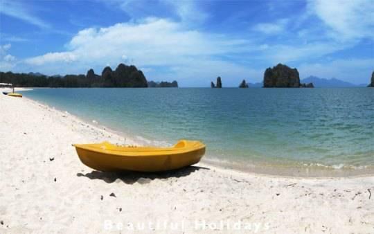 bãi biển dài Tanjung Rhu ở Langkawi