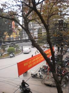 Cảnh nhà thờ nhìn từ Hanoi House