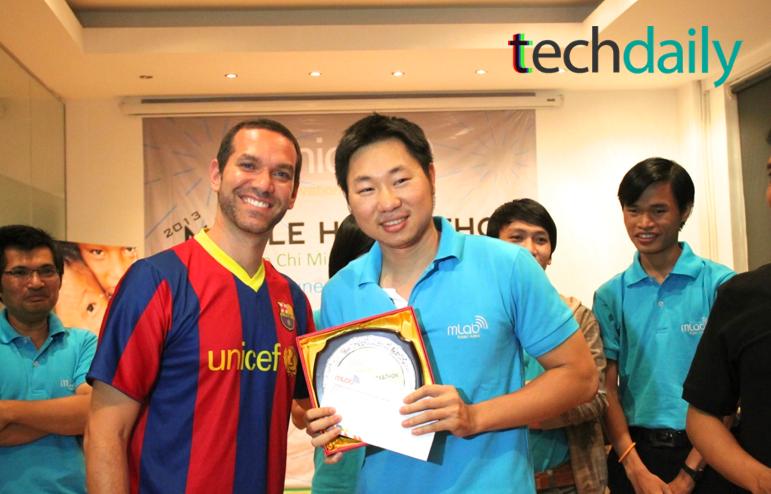 CUCCUNG.VN là một trong hai đội đạt giải nhất tại mLab Mobile Hackathon Vietnam 2013 – Ảnh: Techdaily.vn