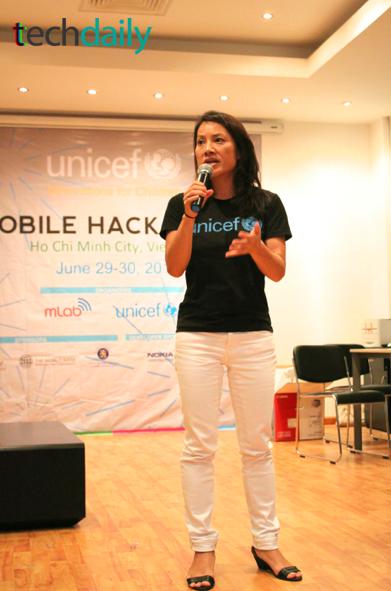 Đại diện UNICEF phát biểu cảm ơn & bế mạc cuộc thi – Ảnh: Techdaily.vn