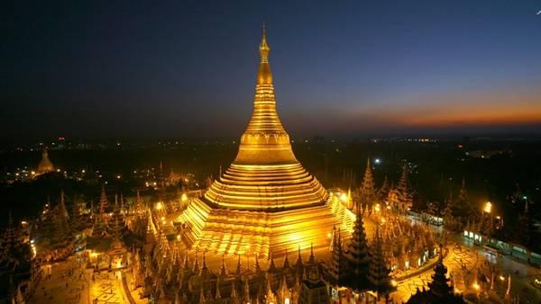 Chùa Shwedagon ở Myanmar có kiến trúc kì vĩ