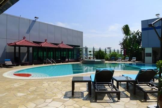 Hồ bơi ở sân bay Changi