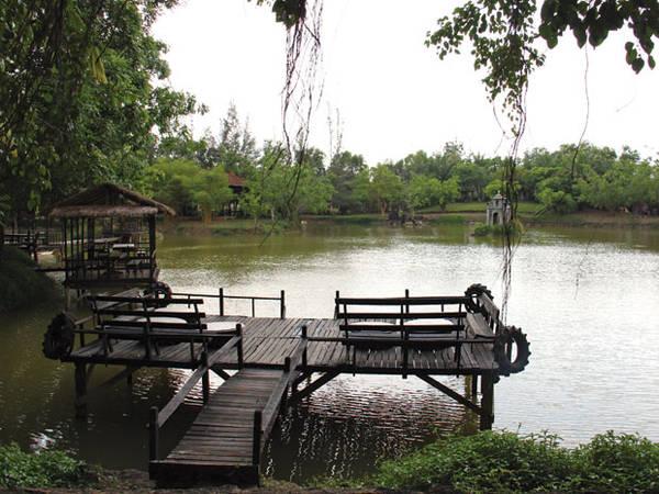 Một góc Khu du lịch Cao Minh