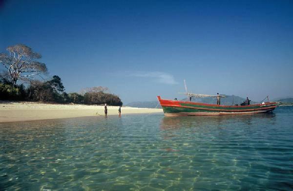 Những bờ biển nguyên sơ ở Myanmar