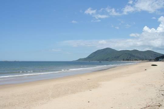 Thiên Cầm - Bãi biển đẹp nhất Hà Tĩnh