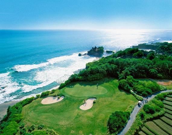 Sân golf 18 lỗ của Pan Pacific Nirwana Bali Resort