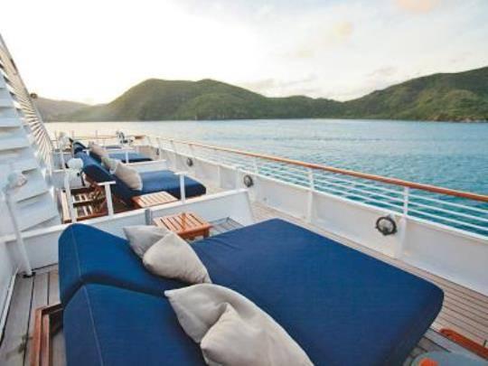 Bí quyết sắp xếp hành lý cho chuyến du lịch trên biển