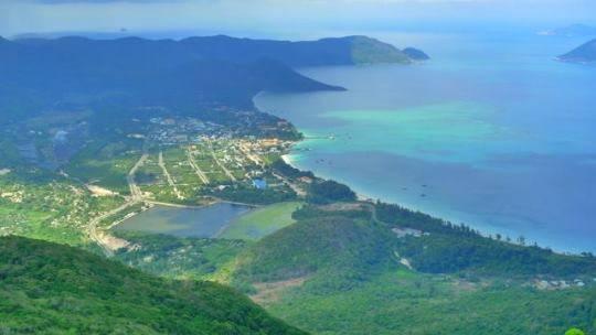 Du lịch Côn Đảo - Côn Đảo nhìn từ trên cao