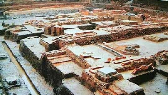 di tích Hoàng thành Thăng Long