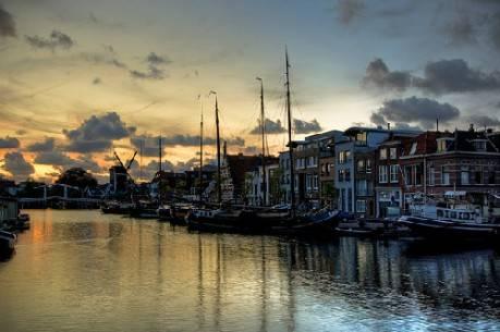 kênh Leiden