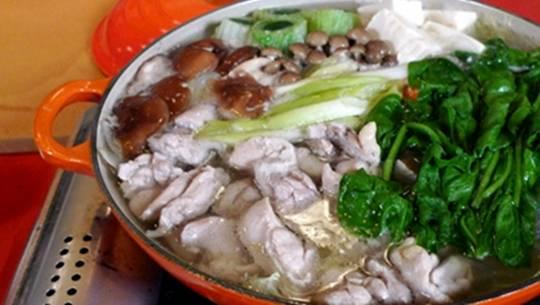 Lẩu Mizutaki-món đặc sản của thành phố biển Fukuoka sẽ được giới thiệu trong lễ hội ẩm thực