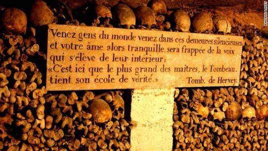 Hầm mộ Paris, Pháp