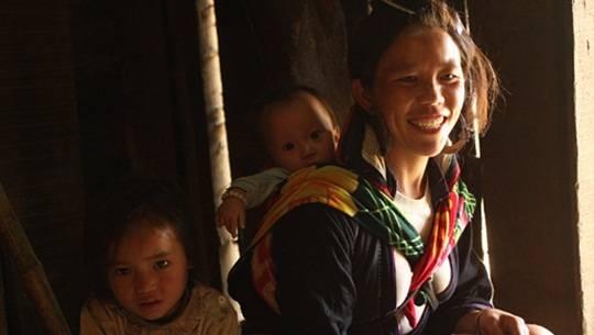 nguoi-hmong-dau-tien-co-facebook