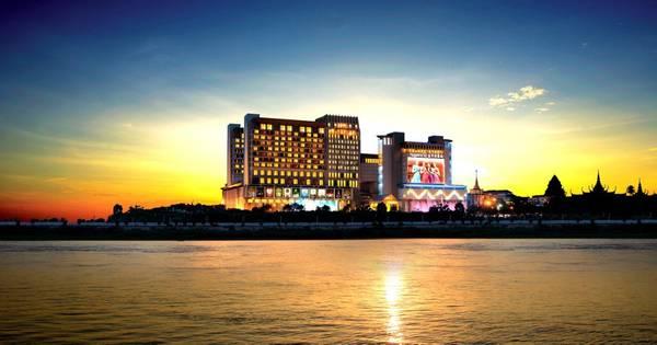 Khách sạn Nagaworld, Phnom Penh, Campuchia