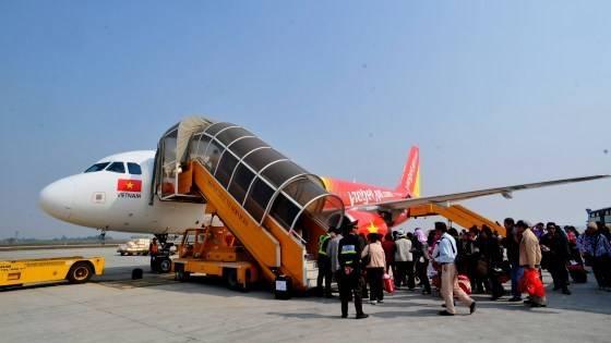 Nhu cầu đi lại của hành khách tăng cao trong dịp Tết nnê VietJetAir đã quyết định tăng chuyến một số đường bay cao điểm.