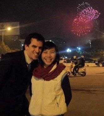 Tác giả cùng vợ đón năm mới tại Hà Nội