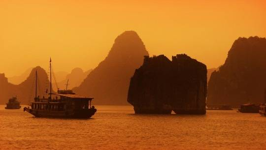 halong-sunset-11-ivivu