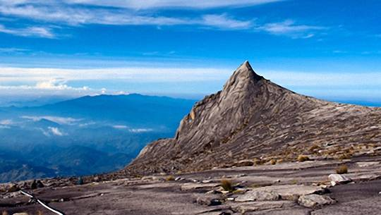chinh-phuc-kinabalu-featured-ivivu