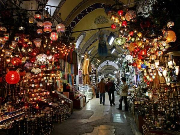 ivivu-get-lost-in-the-grand-bazaar-of-istanbul-turkey