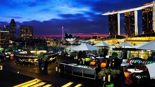 ivivu-singapore-fullerton-bay-bar-skyline-view-horizontal-gallery1