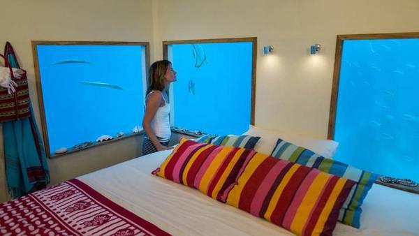 underwater-hotel-the-manta-mikael-genberg-7-ivivu