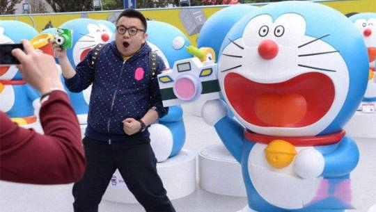 100-tuong-doraemon-to-bang-nguoi-that-o-bac-kinh-featured-ivivu
