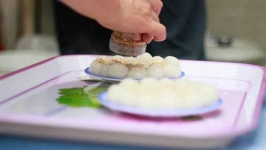 banh-troi-tet-han-thuc-featured-ivivu
